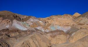 Красивые цвета Death Valley в Калифорнии - палитре художников Стоковая Фотография