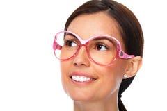 Красивые eyeglasses молодой дамы нося Стоковые Изображения RF