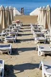 Красивые loungers солнца Стоковая Фотография RF