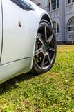 Красивый автомобиль на траве стоковое фото rf