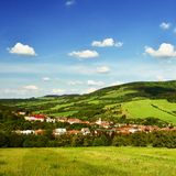 Красивый ландшафт в горах в лете Чехия - белые Карпаты - Европа стоковое изображение rf