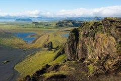 Красивый ландшафт горы, Dyrholaey, Исландия Стоковое Изображение RF