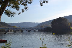 Красивый ландшафт реки Стоковые Изображения