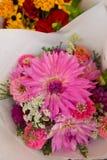 Красивый букет цветка осени на рынке фермеров Стоковые Изображения RF