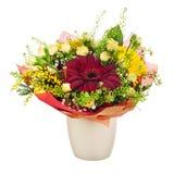 Красивый букет gerbera, гвоздик и других цветков в va стоковые фото