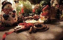 Красивый венок рождества с свечами Стоковые Изображения RF