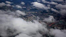 Красивый взгляд неба облака от окна аэроплана HD акции видеоматериалы