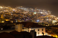 Красивый взгляд ночи столицы Мадейры Фуншала, Португалии Стоковая Фотография