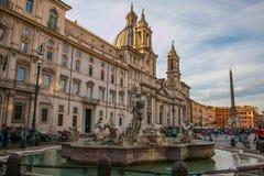 Красивый вид аркады Navona и фонтана реки 4 в Риме Стоковые Фотографии RF
