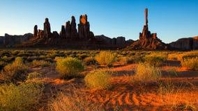 Красивый вид изумительных образований песчаника в известном восходе солнца Стоковое Фото