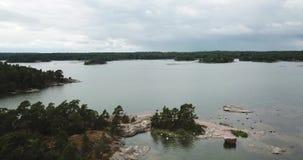 Красивый вид над островами здесь в архипелаге Финляндии видеоматериал
