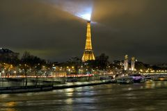 Красивый вид ночи Парижа Стоковая Фотография