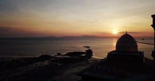 Красивый вид с воздуха захода солнца на Kuala Perlis Малайзии сток-видео