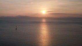 Красивый вид с воздуха захода солнца на Kuala Perlis Малайзии акции видеоматериалы