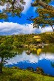Красивый висок Kinkakuji с золотым pavillion в Киото Японии стоковые изображения rf