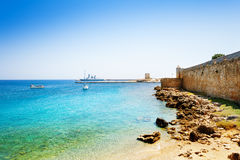 Красивый вид гавани Mandraki, Родоса, Греции Стоковое Изображение RF