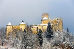 Красивый вид замка Niedzica Стоковые Фотографии RF