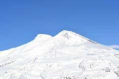 Красивый вид на горах Славный ландшафт гор зимы Стоковые Изображения