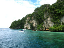 Красивый вид на море острова стоковые изображения rf