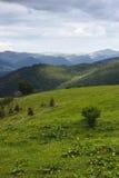 Красивый вид на прикарпатских горах Стоковые Изображения RF