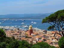 Красивый вид от цитадели St Tropez, Франции стоковые фотографии rf