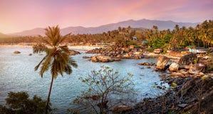 Красивый вид пляжа захода солнца в Goa стоковое изображение