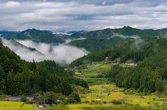 Красивый вид Yotsuya отсутствие полей деревни и риса Semmaida Стоковые Фотографии RF