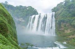 красивый водопад Huangguoshu Стоковые Изображения RF