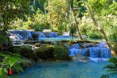 Красивый водопад Kuang Si в Лаосе Стоковое Изображение RF