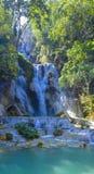 Красивый водопад Kuang Si в Лаосе Стоковая Фотография RF