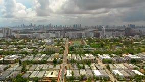 Красивый воздушный отснятый видеоматериал Miami Beach FL трутня сток-видео