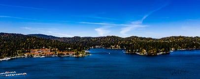 Красивый, воздушный, панорама трутня наконечника озера стоковое фото rf
