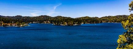 Красивый, воздушный, панорама трутня наконечника озера стоковые фото