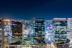 Красивый воздушный взгляд ночи городского пейзажа Осака, Японии Стоковое фото RF