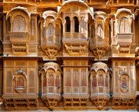 Красивый дворец Haveli ki Patwon сделанный из золотого известняка, Jaisalmer, Индии Стоковое Изображение RF
