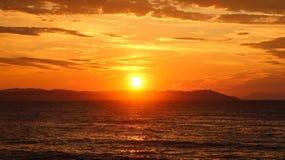 Красивый восход солнца в море или заходе солнца Стоковая Фотография RF