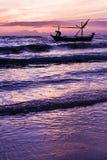 Красивый восход солнца и корабль моря. Стоковое фото RF