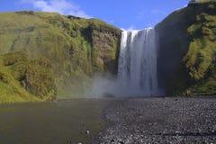 Красивый водопад Skogafoss на Исландии Стоковое Изображение RF