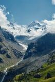 Красивый высокогорный ландшафт с путем горы, швейцарец Альпы, Европа Стоковая Фотография RF