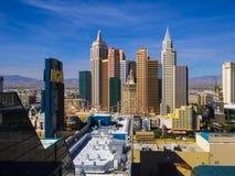 Красивый горизонт прокладки Лас-Вегас с гостиницой NY NY и казино - ЛАС-ВЕГАС - НЕВАДОЙ - 12-ое октября 2017 Стоковые Фото