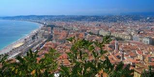 Красивый город панорамы славного в Франции стоковое фото rf