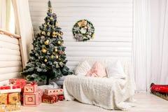 Красивый дизайн интерьера рождества Концепция рождества, зимы и Нового Года Стоковая Фотография