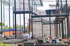 Красивый дизайн конструкции зданий железного каркаса металла крупного плана стоковые изображения