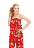Красивый девочка-подросток в вскользь одеждах Стоковые Изображения