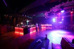 Красивый европейский интерьер ночного клуба стоковое изображение