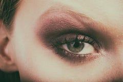 Красивый женский конец-вверх глаза, состав стоковые изображения rf
