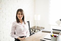 Красивый женский предприниматель Стоковые Изображения