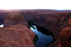 Красивый загиб на солнечный день, страница подковы, Аризона, США стоковые фотографии rf
