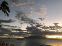 Красивый заход солнца в Мауи! стоковое фото rf