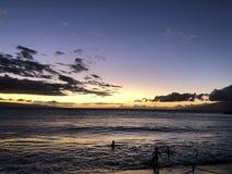 Красивый заход солнца в Мауи! стоковые изображения rf